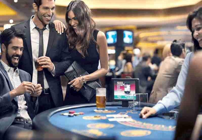 Free Online Blackjack with Other Players at casino
